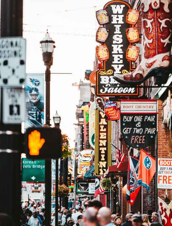 New Orleans and the Southern States holidays. Destination highlights and travel information